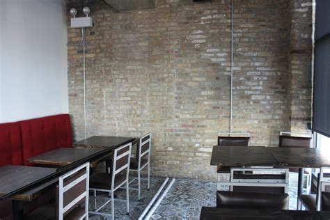 restaurant kitchen tiles mi tocaya sneak peek inside logan square s cozy new 1910
