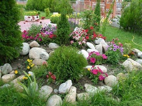 Ideen Mit Steinen by Blumenbeet Dekorieren