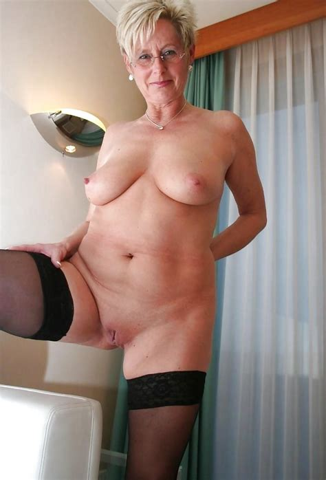 Hot Dutch Milf 45 1 Pics