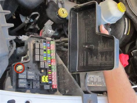 2003 Dodge Ram Fuse Box Location by 2002 2008 Dodge Ram 1500 Fuse Replacement 2002 2003