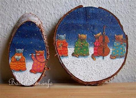 kinderbasteln zu weihnachten weihnachtliche baumscheiben