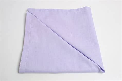 How to Sew Cloth Napkins for Everyday Use: 12 Steps