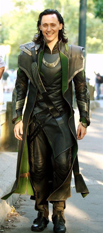 Tom Hiddleston On The Set Of The Avengers 2011 Tom