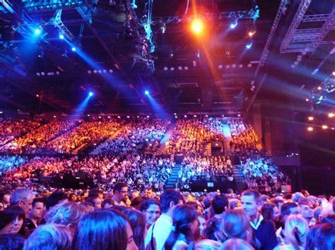 arena de montpellier pour le concert des enfoir 233 s qualit 233 animation