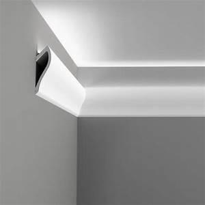 C371 'Shade' Uplighting Cornice Wm Boyle Interior Finishes