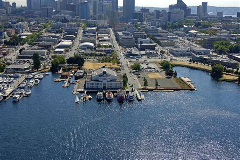 Boat Mooring In Seattle by The Center For Wooden Boats In Seattle Wa United States