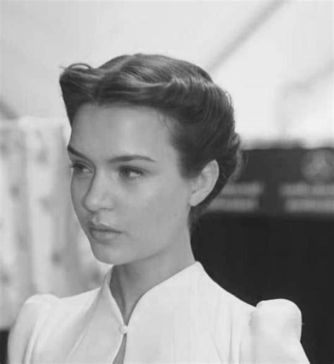 Modern 1940s Hairstyles by 1940s Hairstyles For Hair Evesteps