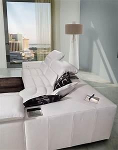 Sofa Mit Verschiebbarer Rückenlehne : sofa mit chaiselongue neigungsverstellbare r ckenlehne idfdesign ~ Bigdaddyawards.com Haus und Dekorationen