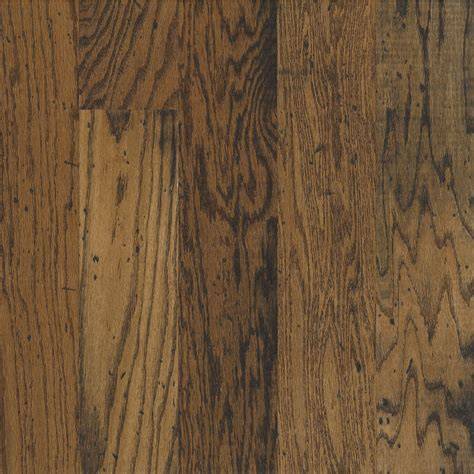 oak hardwood floors shop bruce locking distressed durango oak hardwood flooring 22 sq ft at lowes com