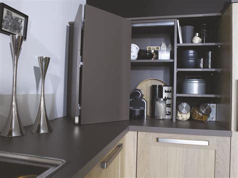 colonne d angle cuisine des meubles pratiques et fonctionnels dans toute la maison