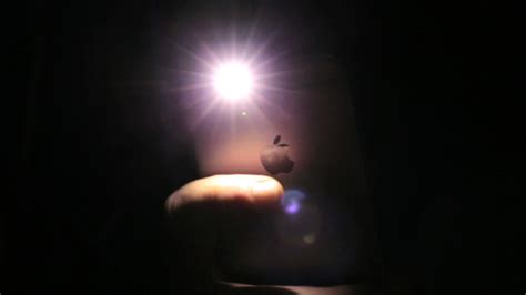 iphone flashlight quickly turn the iphone flashlight cnet