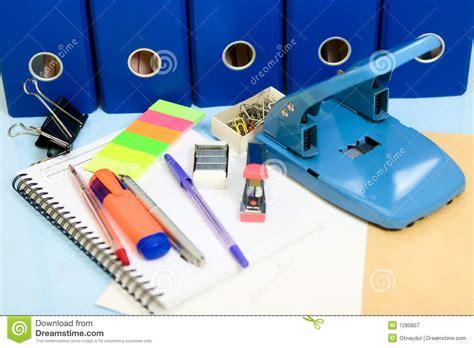 fournisseur de bureau fourniture de bureau image stock image du bloc