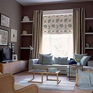 decoration salon mur taupe canape gris coussin bleu With superior deco de terrasse exterieur 14 cuisine rouge bordeaux but