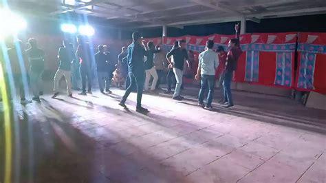Download mp3 yr musik dancer 2020 gratis, ada 20 daftar lagu yr musik yr musik dancer zona malam sepecial warga mencirim diski jln telaga sari gang rambutan. New Year Dance 2020.....* - YouTube