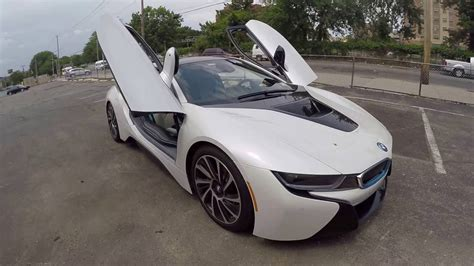 bmw  exterior  interior review    car