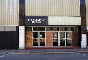 Broadway Theater: WOW! – Cape Girardeau History and Photos
