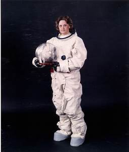 JSC Exhibits - Spacesuits | NASA
