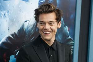 Harry Styles Makes History As First Artist To Have Debut ...