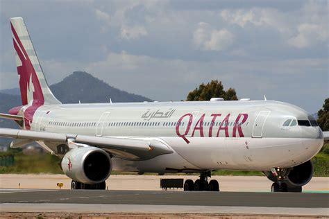 File:Airbus A330-302 Qatar Airways A7-AEF (8748912274).jpg ...