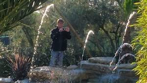 Piscine Avec Cascade : piscine naturelles avec rochers cascade bambous youtube ~ Premium-room.com Idées de Décoration