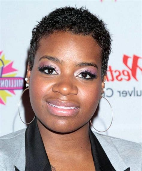 popular short haircuts  black women  face