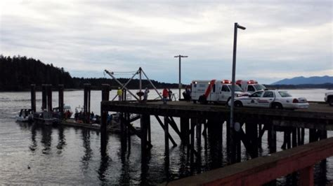 Boat Tour Vancouver Bc by Fatalities Reported After Tour Boat Sinks Tofino B C