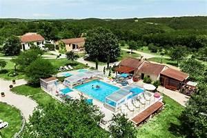 village de 9 gites avec piscine chauffee et couverte With village vacances avec piscine couverte