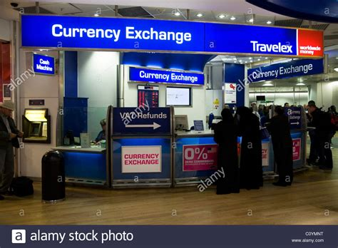 bureau de chnage bureau de change office operated by travelex at heathrow