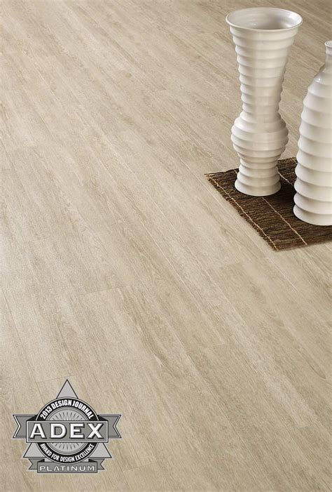 Centiva receives Design Awards for its LVT Contour Series
