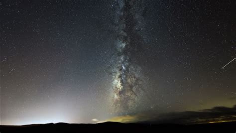 A 4k Uhd Time Lapse Shot Of The Milky Way At Night With A