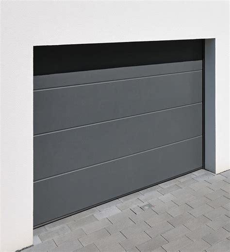 garagentor einbauen lassen sektionaltor einbauen lassen