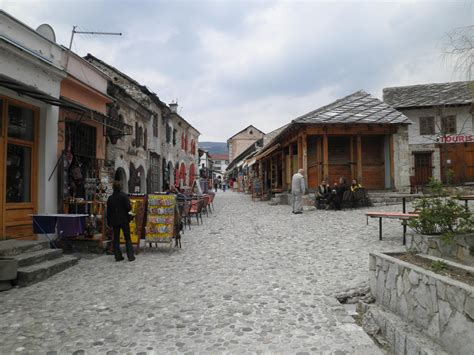 File:Mostar Old Town.jpg - Wikimedia Commons