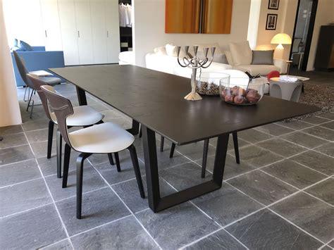 Bolero Limited Edition Tisch Poltrona Frau