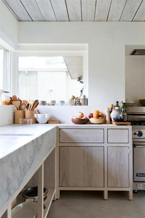 marbre cuisine plan travail modele de cuisine en bois avec marbre mzaol com