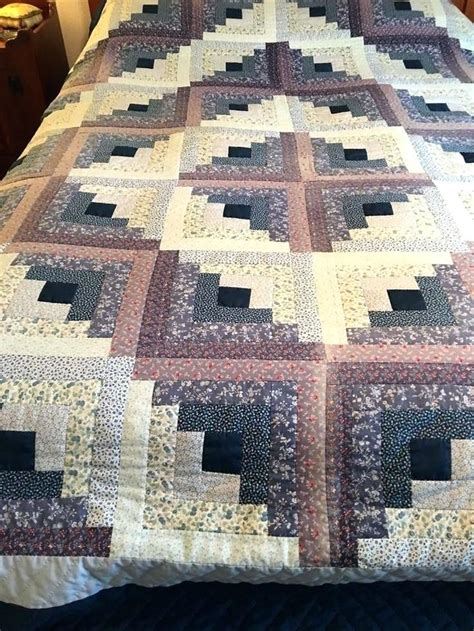 patchwork cabin best 25 log cabin quilt pattern ideas on log