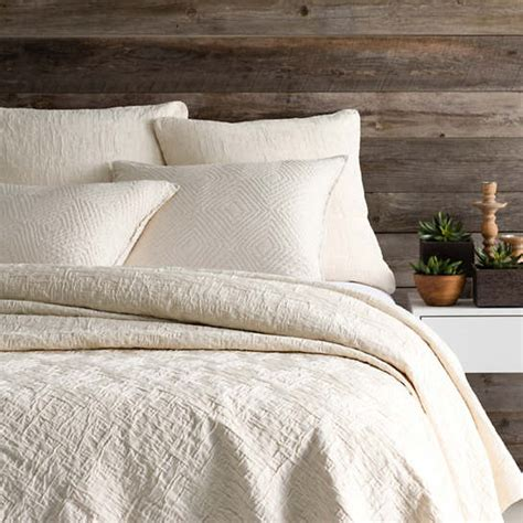 Matelasse Coverlet Sale by Baja Ivory Matelass 233 Coverlet Pine Cone Hill