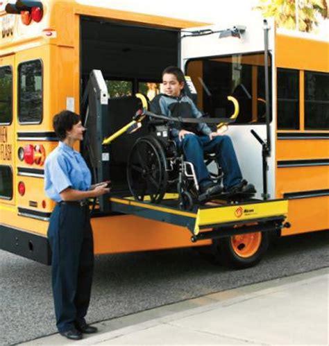 Wheelchair Lift - Titanium™ Model | Wabtec Corporation