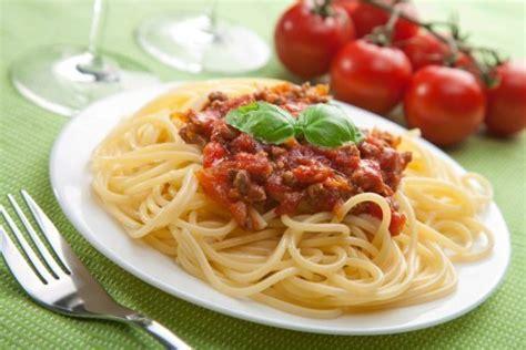 spaghetti bolognaise recette de spaghetti bolognaise doctissimo