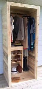 Garderobe Aus Paletten : 22 diy ideen wie man garderobe aus paletten selber bauen kann ahorrar espacio exhibidor y ~ Sanjose-hotels-ca.com Haus und Dekorationen
