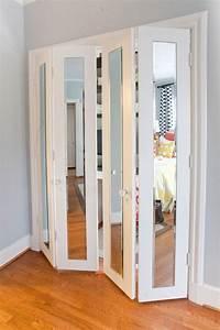 Schränke Für Begehbaren Kleiderschrank : faltt r mit spiegelfronten f r begehbaren kleiderschrank oder bad fenster t ren pinterest ~ Markanthonyermac.com Haus und Dekorationen