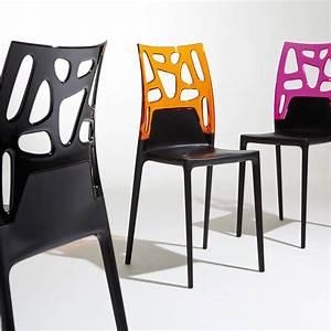 Chaises cuisine design aida 100 pack table et 4 chaises for Meuble salle À manger avec chaise cuisine noire