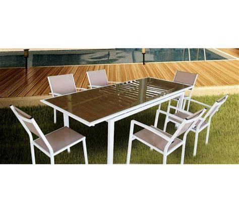 table de jardin avec chaise stunning table de jardin avec banc carrefour pictures