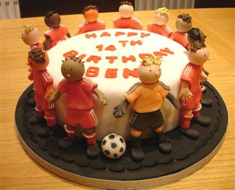 football cakes decoration ideas  birthday cakes