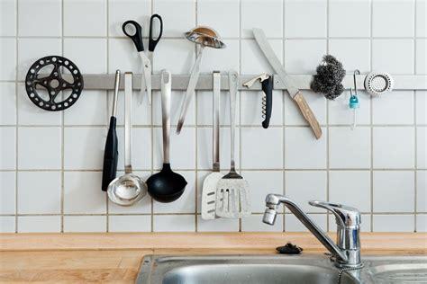 kitchen utensils cooking stuff getty smart felix hacks organizing equipment clutter incontournables chalet ultime liste dust cook