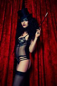 letter from paris invitation to dream lingerie rouge With robe cabaret burlesque