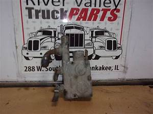 Mack Ac 427 Engine Part For A 2003 Mack Cx613 Vision For