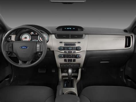 ford focus ii coupe pictures information  specs