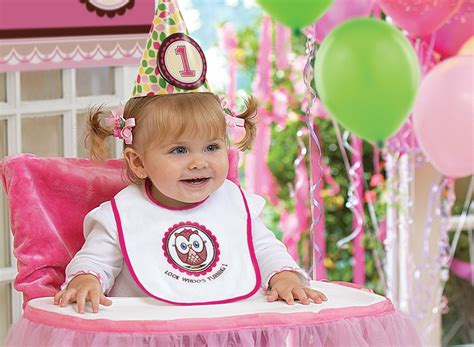 1st birthday ideas for baby girl party themes inspiration 22 ideas for your baby girl 39 s birthday photo shoot