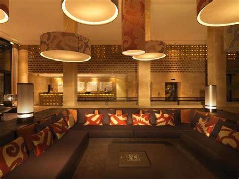 interior designer 62526 golden encrusted interiors vendura resort embodies the
