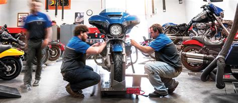 What is the Typical Salary of a Motorcycle Mechanic?